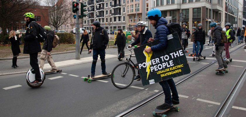 18 april LegaalRijden.nl demonstratie in Amsterdam voor legalisatie van eMobility in Nederland