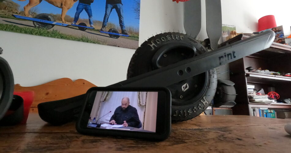Minster van Nieuwenhuizen kijkt of LEVs gelijkgesteld kunnen worden aan een elektrische fiets